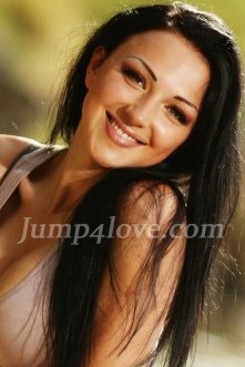 Ukrainian girl Alla,30 years old with green eyes and dark brown hair. Alla