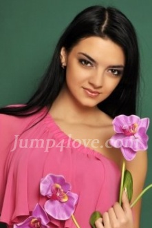Ukrainian girl Anna,25 years old with brown eyes and dark brown hair. Anna