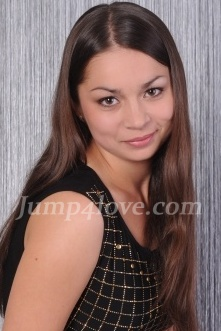 Ukrainian girl Aliona,24 years old with brown eyes and dark brown hair. Aliona