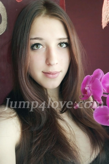 Ukrainian girl Oksana,24 years old with brown eyes and dark brown hair. Oksana