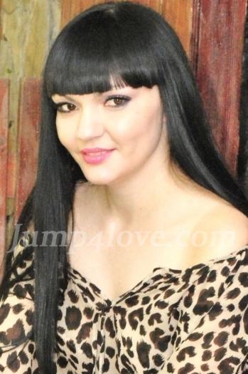 Ukrainian girl Irina,28 years old with black eyes and black hair. Irina